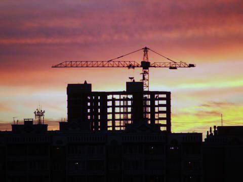 Строительство и закон: контролируемая стройка.