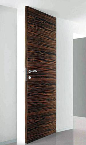 Межкомнатные двери со специальным невидимым коробом вызывают всё больший интерес дизайнеров и архитекторов. Поговорим о нюансах установки подобных моделей.